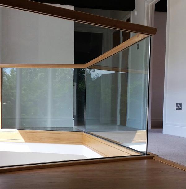 Glass stair balustrading